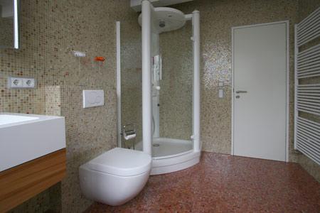 Glasbausteine badgestaltung  Bauer Fliesen und Natursteine Zuzenhausen - Bad